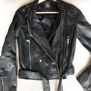 🔥Leather jacket-NWOT 🔥